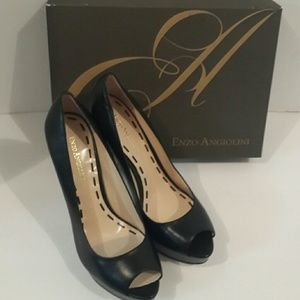 Enzo Angiolini Stelieto pumps new nver worn